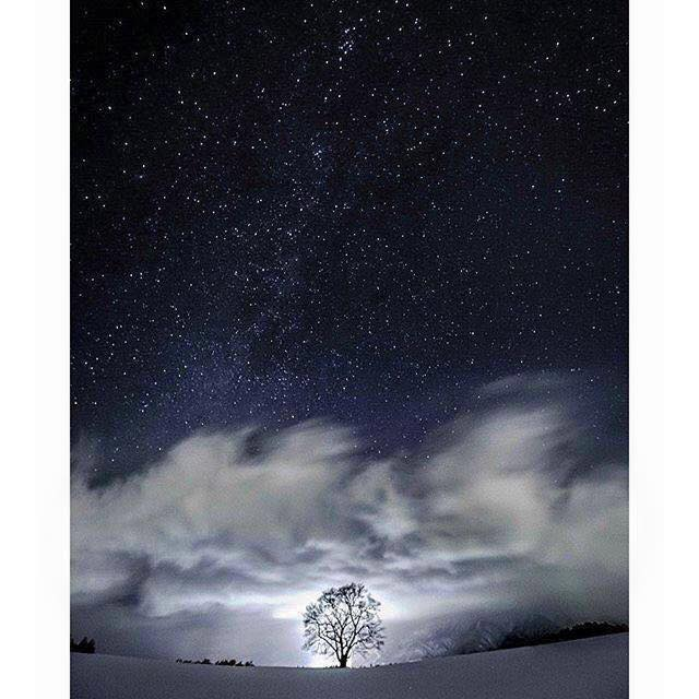 幻想的な星空