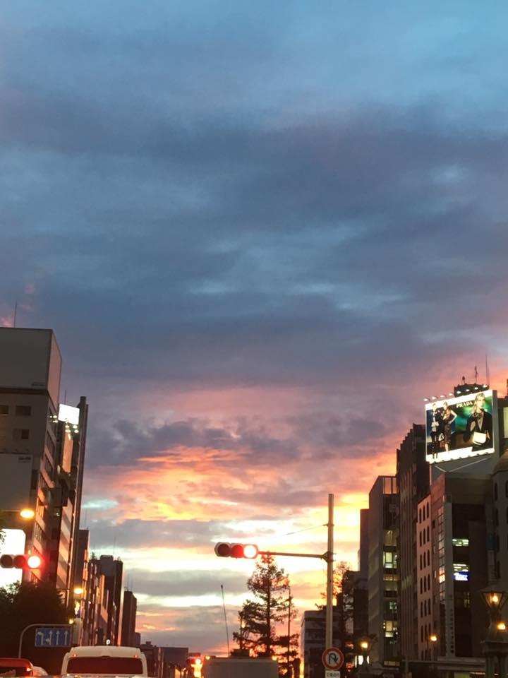 心斎橋の秋の空